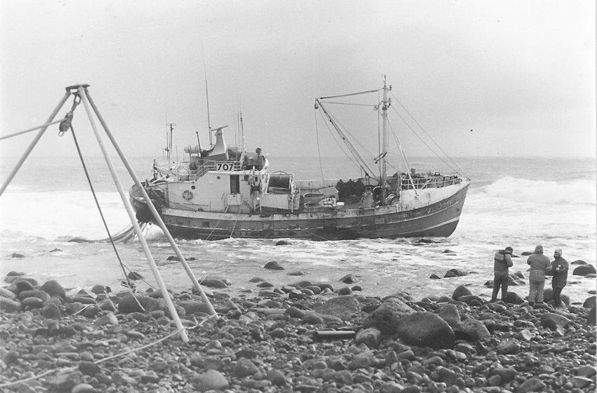 Ófeigur III strandaði við vitann árið 1988